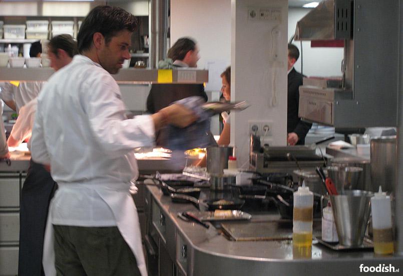 Sergio kookt in Restaurant Oud Sluis